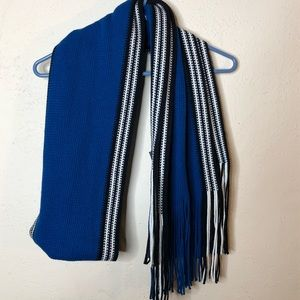 Perry Ellis Scarf